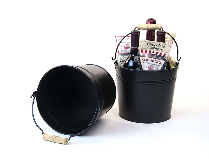 Round Galvanized Pail with Wood Handle 8.5 inch Black