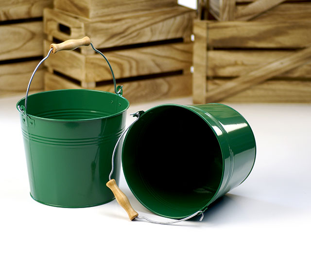 Round Galvanized Pail with Wood Handle 8.5 inch Green