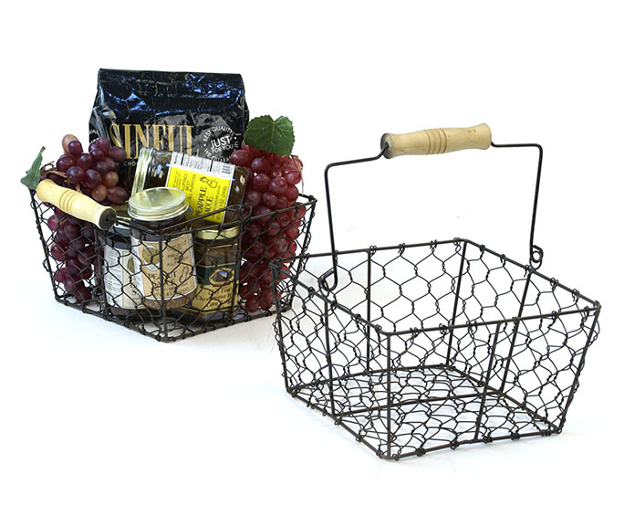 "8.5"" Sq Wire Basket Antique Brown with wood Handle"